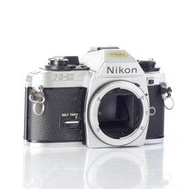 Nikon Nikon FG-20 35mm Film Camera *