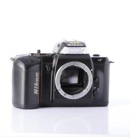 Nikon Nikon N4004 SN:2032812 *