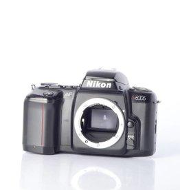 Nikon Nikon N6006 SN: 2323102 *
