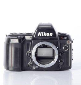 Nikon Nikon N90s SN:2481981 *