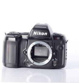Nikon Nikon N90 SN:2118329 *