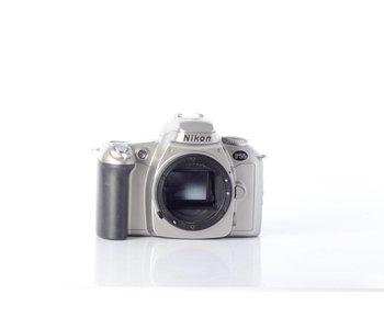 Nikon F55 *