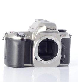 Nikon Nikon N65 SN: 3137445 *