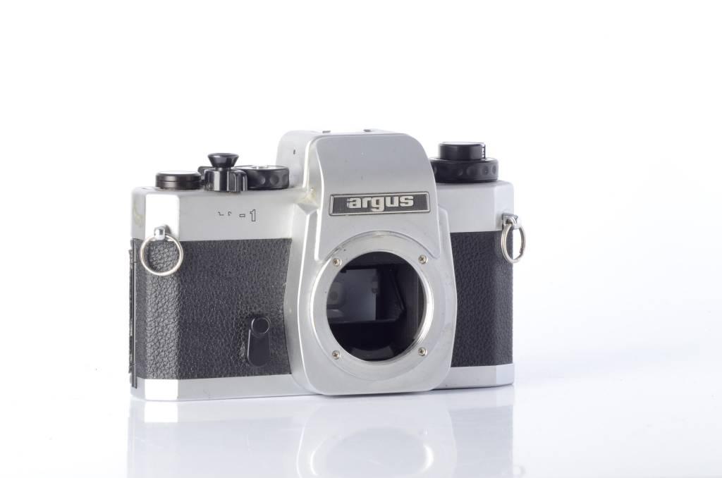 Argus Argus CR-1 35mm SLR Camera *