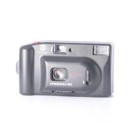 Minolta Minolta Freedom Zoom 50 point and shoot film camera *