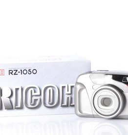 Ricoh Ricoh RZ-1050 35mm Point and Shoot Film Camera *