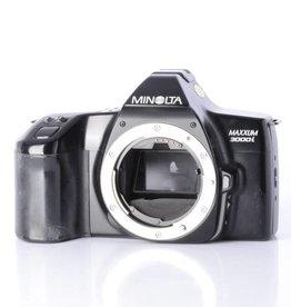 Minolta Minolta Maxxum 3000i 35mm Film Camera Body *