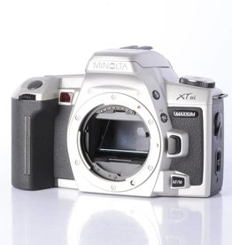 Minolta MInolta Maxxum XTsi 35mm Film Camera Body *