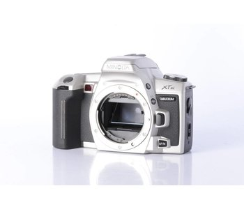MInolta Maxxum XTsi 35mm Film Camera Body *