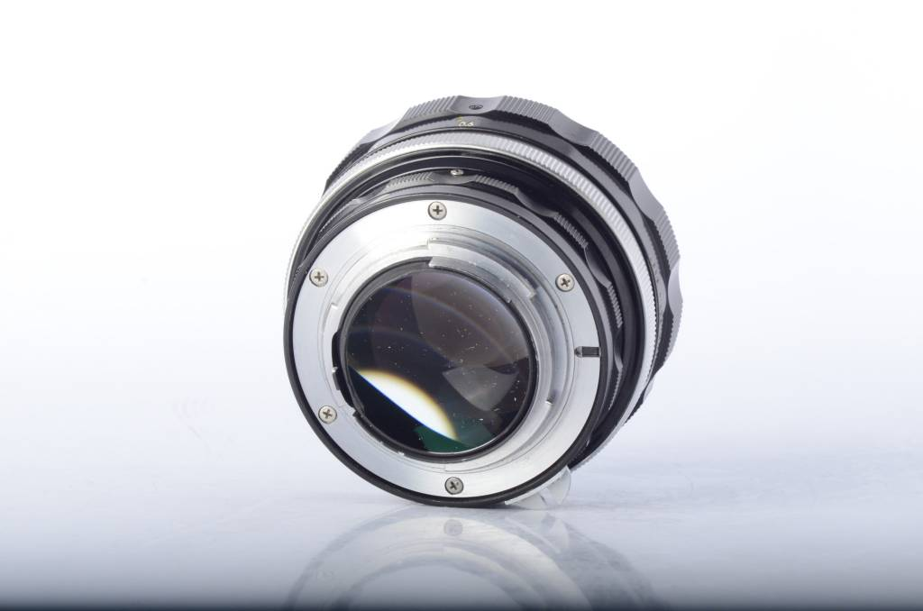 Nikon Nikon 55mm 1.2 SN: 293248
