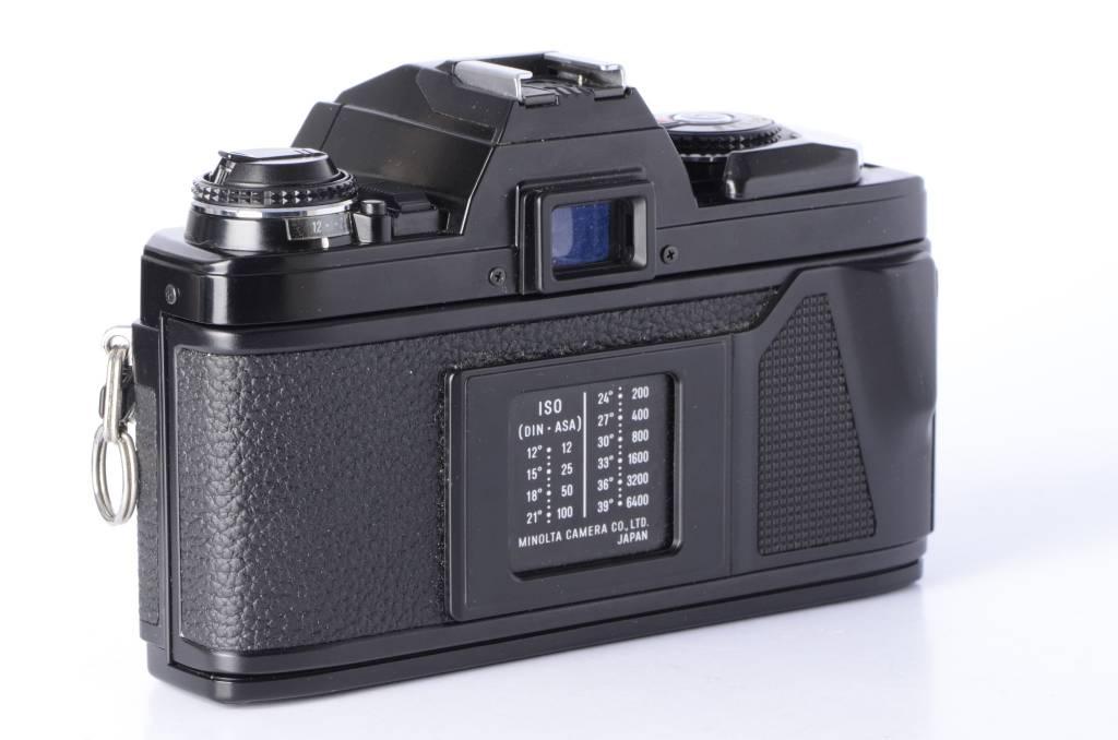 Minolta Minolta X-570 X570 Black Body 35mm SLR *