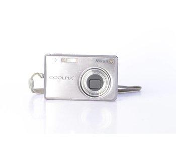 Nikon COOLPIX S700 Digital Camera *