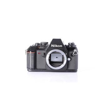Nikon N2000 Manual Focus 35mm Camera