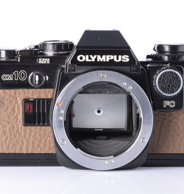 Olympus Olympus OM10 | Black & Tan | Brown SE Leatherette | Manual Adapter Included *