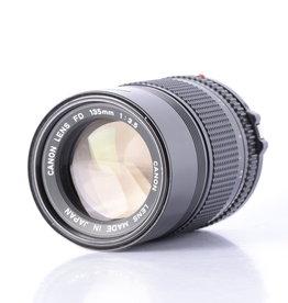 Canon Canon 135mm f/3.5 Lens *