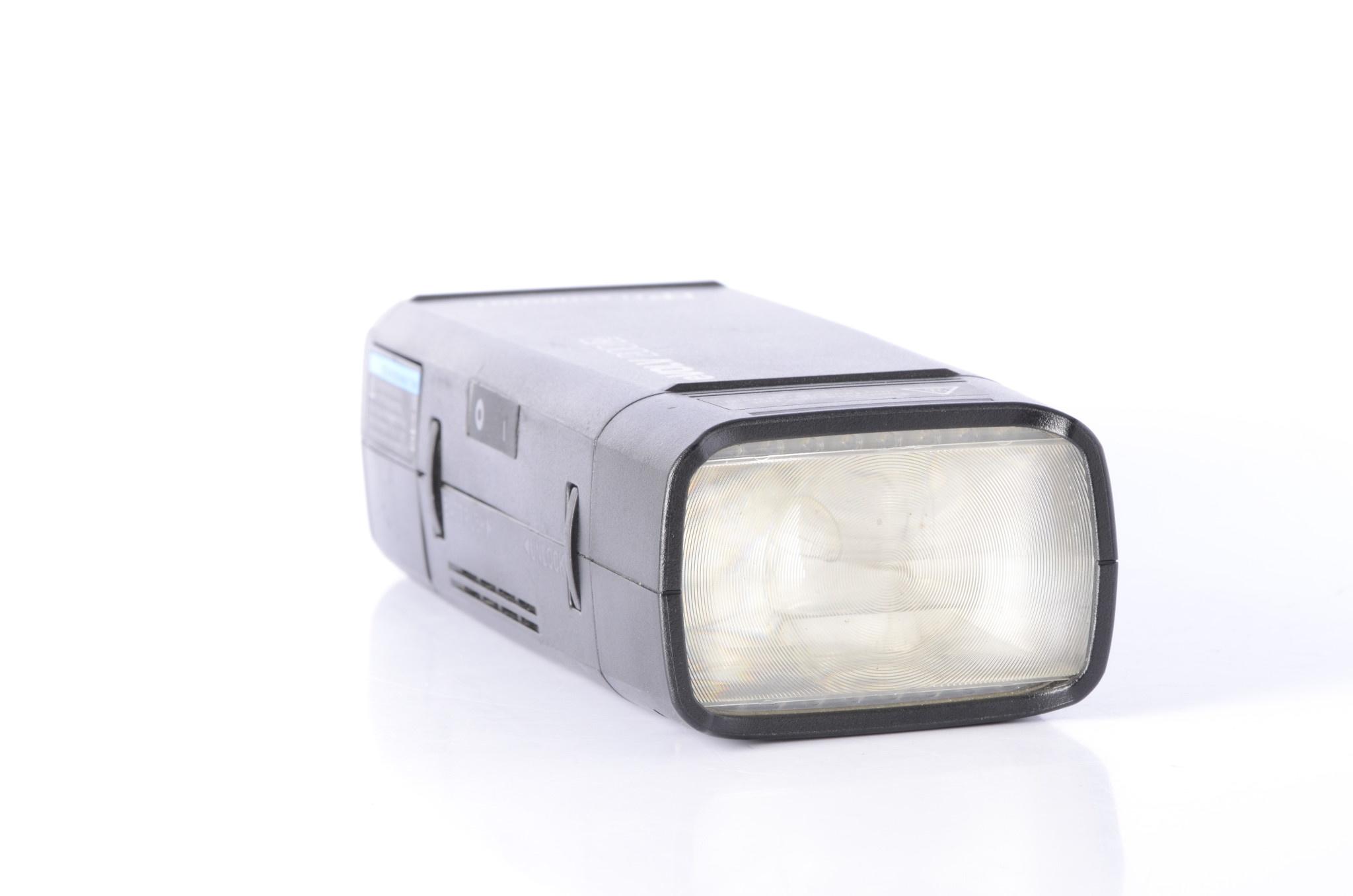 Flashpoint Flashpoint Evolv 200 R2 TTL Flash w/ Nikon Transmitter USED