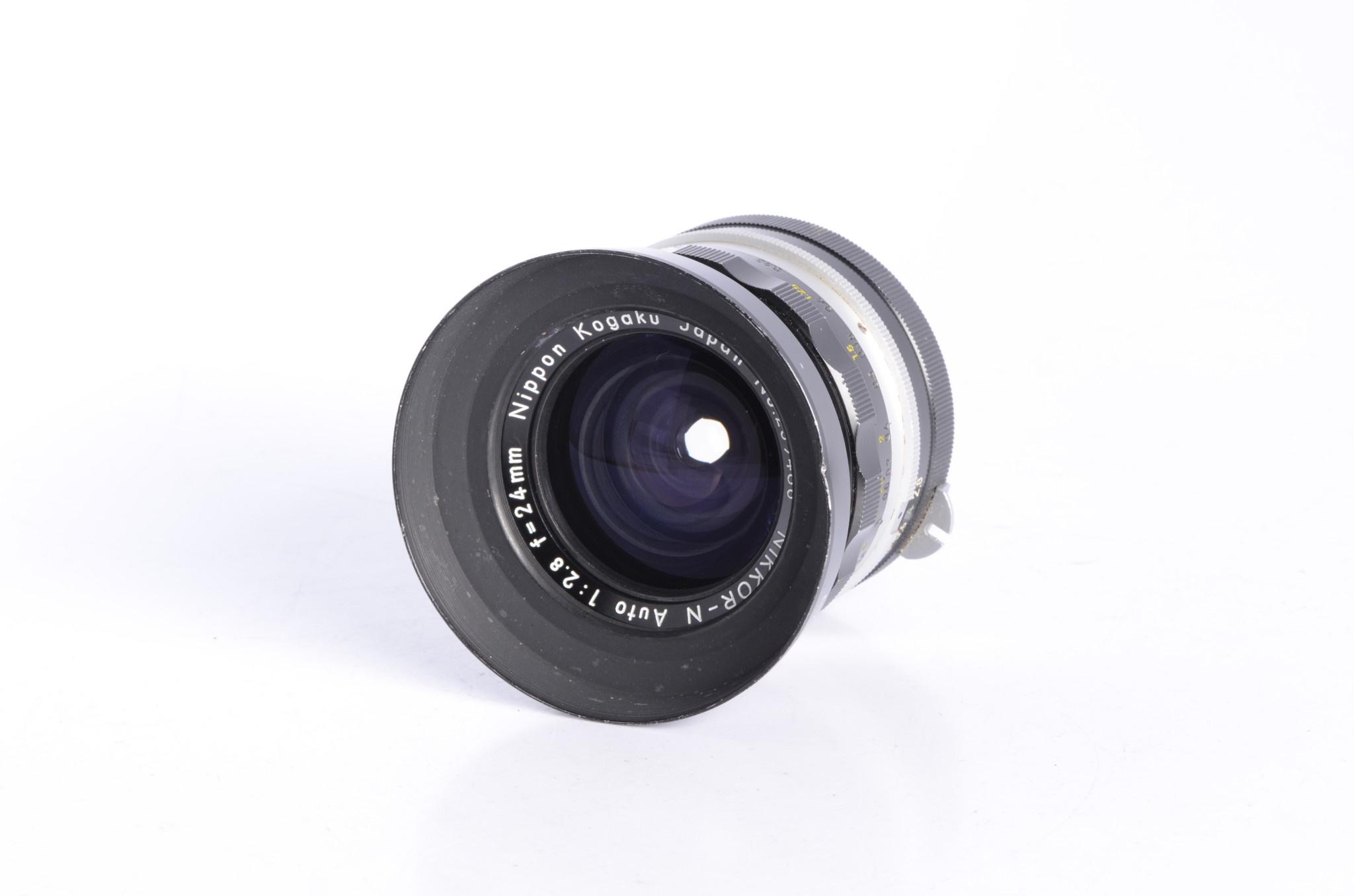 Nikon Nikon 24mm f/2.8 N Lens SN: 259486 *