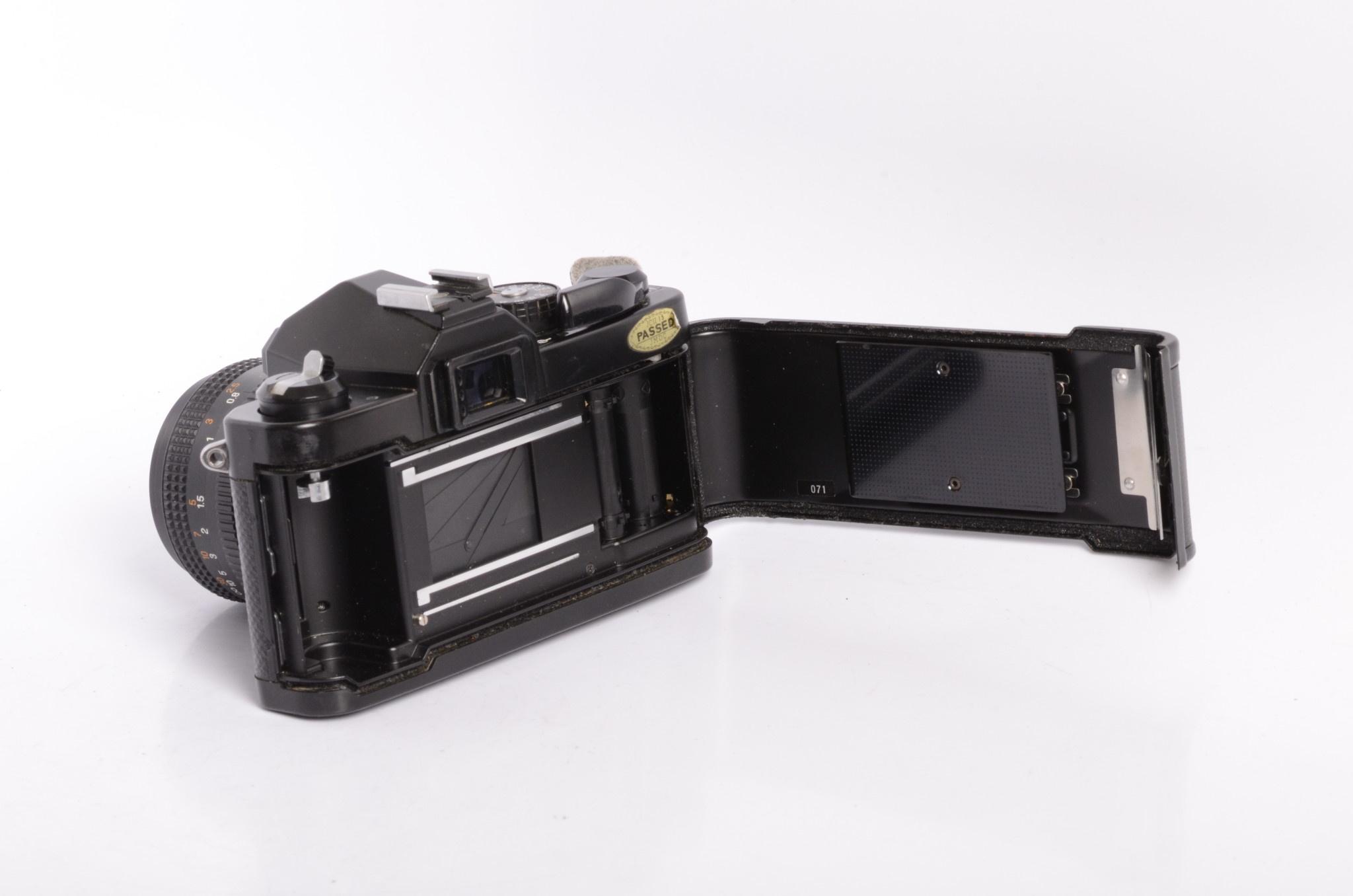 Chinon Chinon CM-4 35mm Manual SLR Camera w/50mm F/1.9 lens