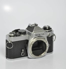 Nikon Nikon FE Chrome 35mm Camera Body *