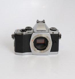 Olympus Olympus OM-D E-M5 Silver+Black