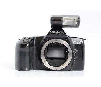 Minolta Maxxum 3000i w/ 314i flash