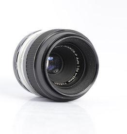 Nikon Nikon 55mm 3.5 Micro lens Nikkor-P