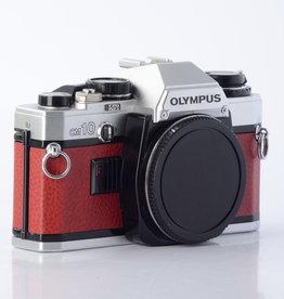 Olympus OM10 RED