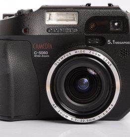 Olympus Olympus Camedia C-5060 22.9mm f/2.8-4.8