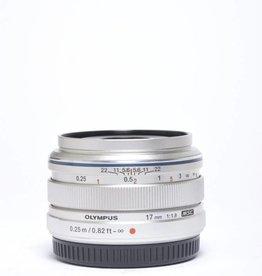 Olympus Olympus 17mm f/1.8 SN: AC1220328