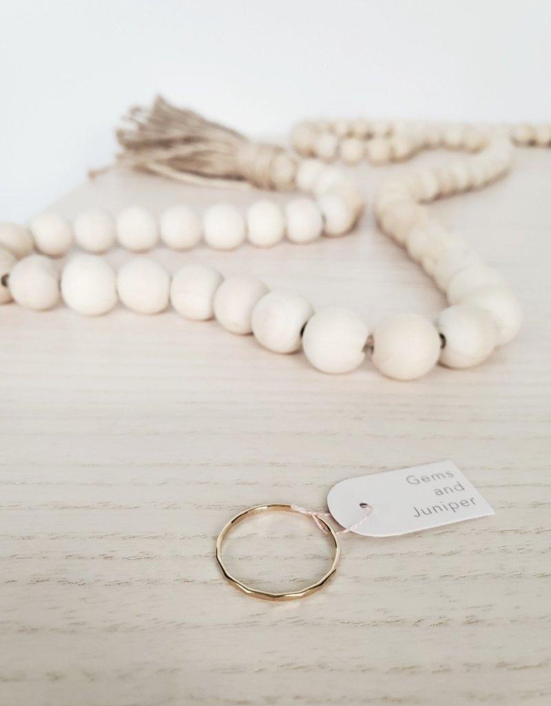 Gems & Juniper GJ - Hammered Ring