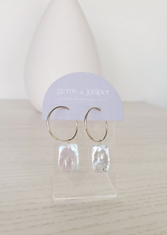 Gems & Juniper GJ - Square Pearl Hoops