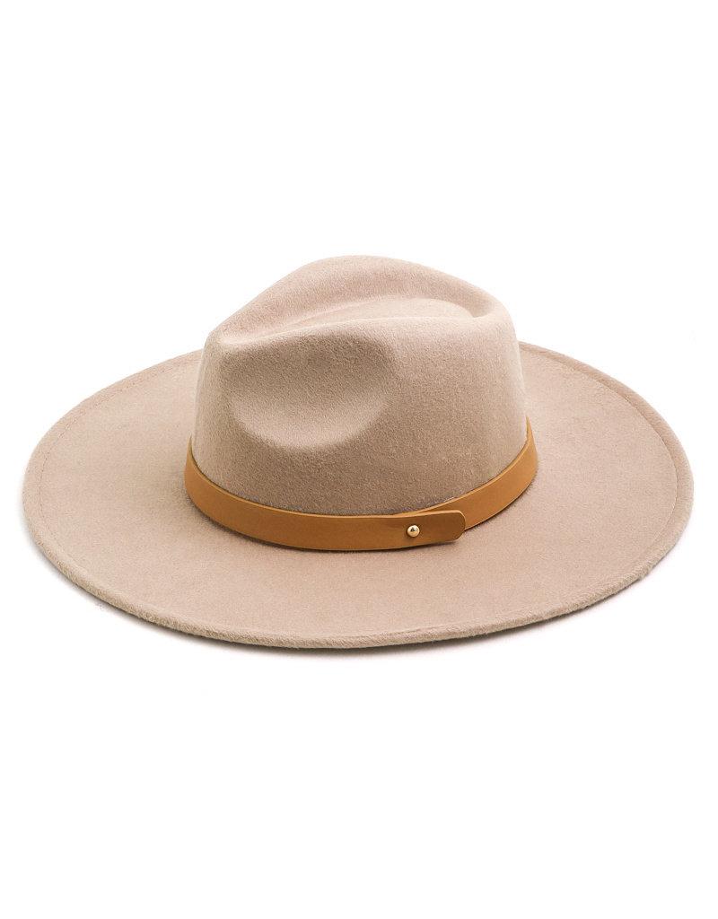 Oliver Hat