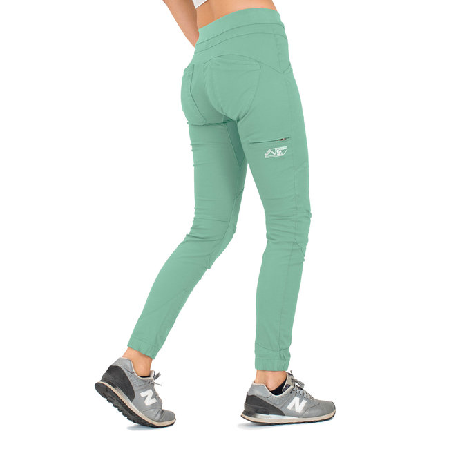 Looking For Wild Women's Escalade Stretch Pants