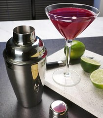Products tagged with cocktail shaker