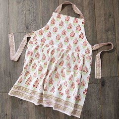 Products tagged with colorful apron