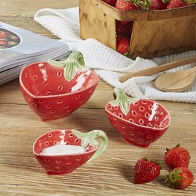 Two's Company Strawberry Bowls, Set of 3
