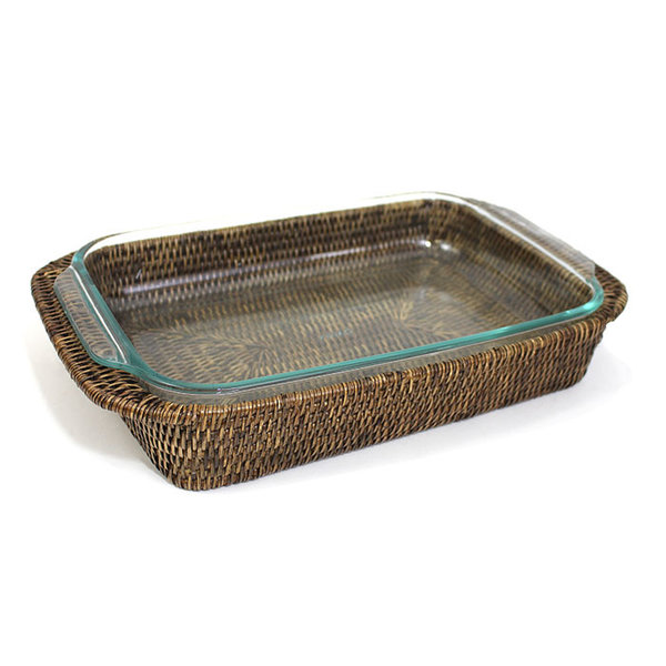 Rattan Bakeware Tray with 3 Qt. Pyrex