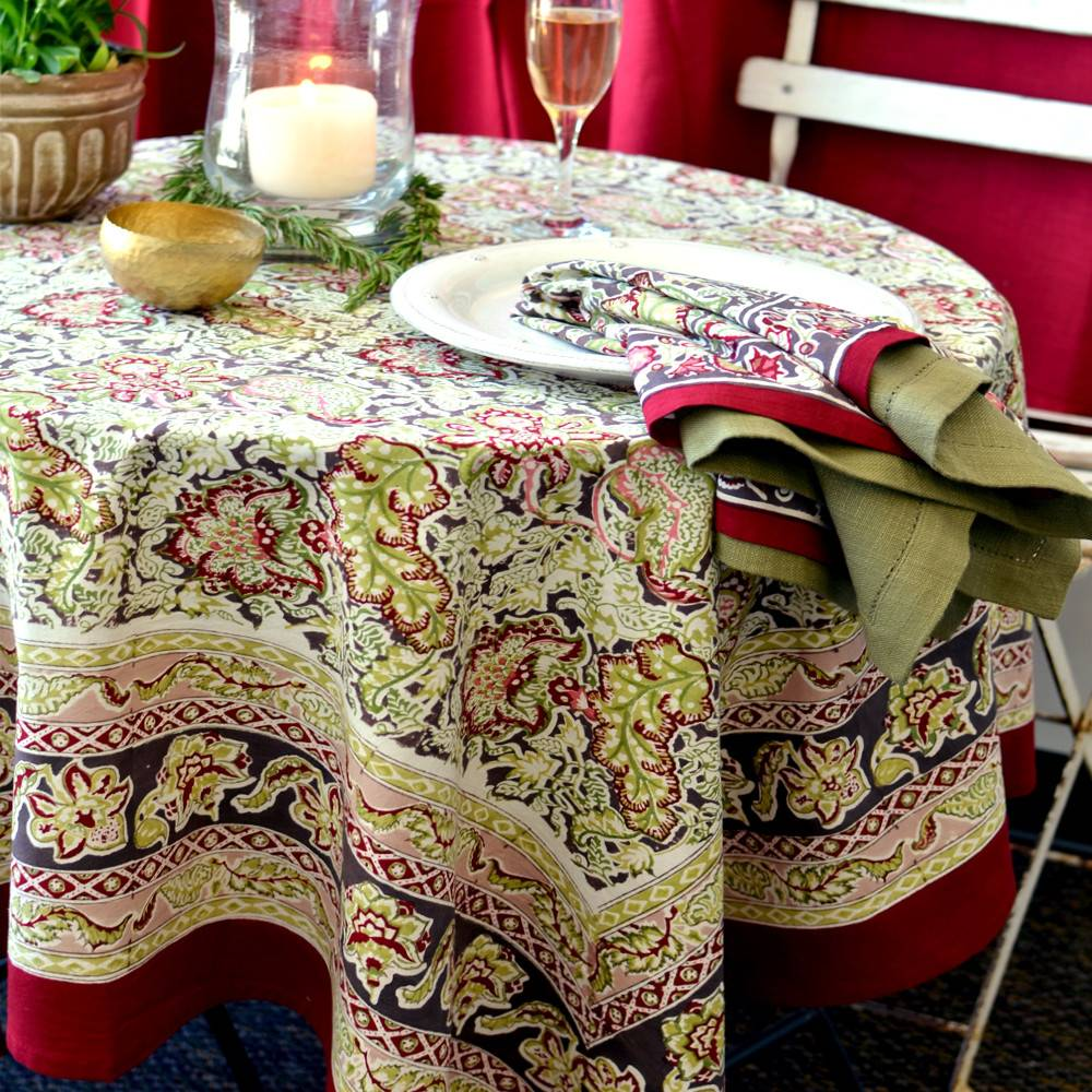 Couleur Nature Malini Red & Green Tablecloths