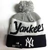 New Era New Era Men's New York Script Knit Hat whit pom