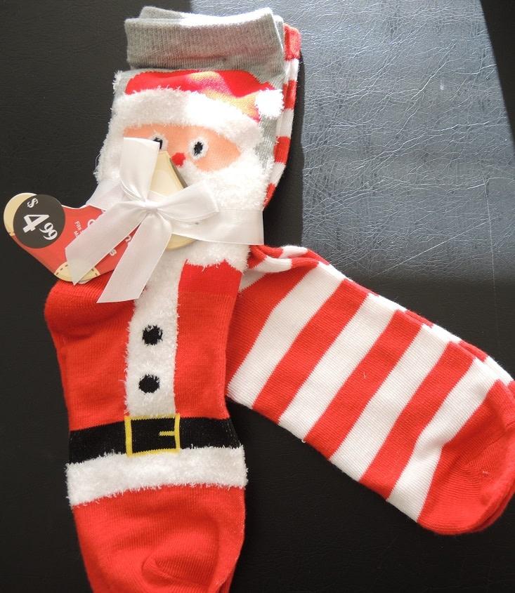 Christmas Santa Claus Womens Socks 2pk