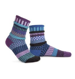 Solmate Solmate Mismatched Crew Socks Raspberry  Large
