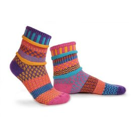 Solmate Solmate Adult Crew Socks Carnation Small