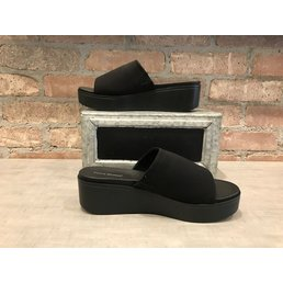 Slip On Wedge
