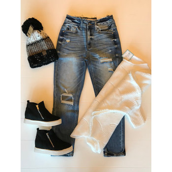 Highrise Mom Fit Jeans