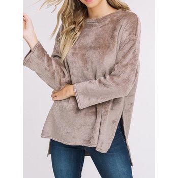 Long Sleeve Double Side Faux Fur Hi Lo Pullover Top W/ Side Slits