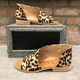 Peep Toe Flat Sandal