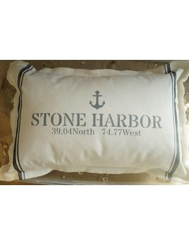 Stone Harbor  Anchor   Coordinates  18x25 Pilllow Hale Navy