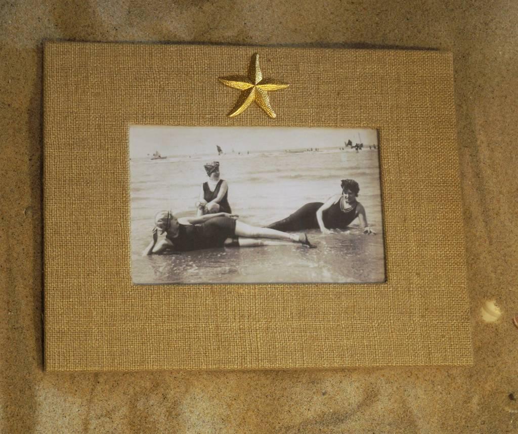Natural Frame Gold Starfish 4x6 Horizontal