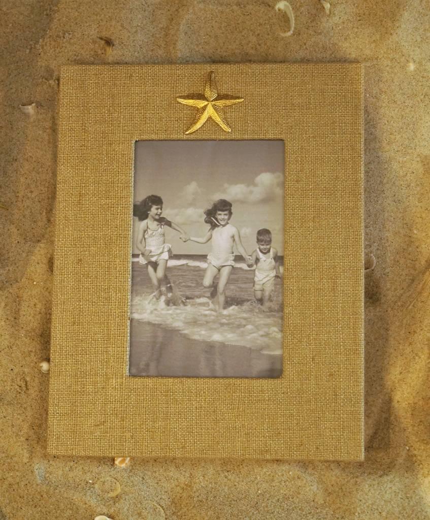 Natural Frame Gold Starfish 4x6 Vertical