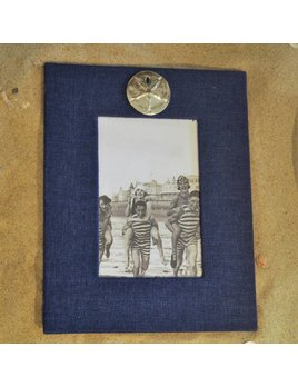 Navy Frame Sand Dollar 4x6 Vertical